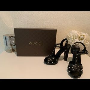 Authentic Gucci Studded Strappy Heel sz 38